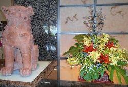 シーサーと花リサイズ